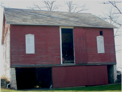 Figure 1. Red raised basement three bay threshing barn near Alliance, Ohio.