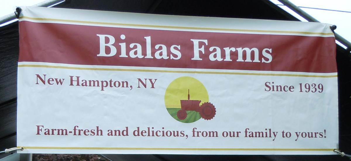 Bialas Farms sign for farmers market identifies farm